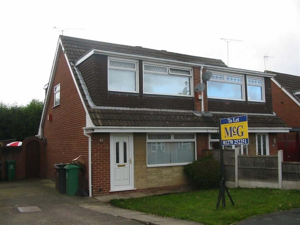 3 Bedrooms Semi Detached House for rent in Cormorant Close, Crewe, Crewe