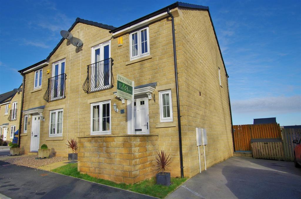 3 Bedrooms House for sale in Fountain Head Road, Halifax