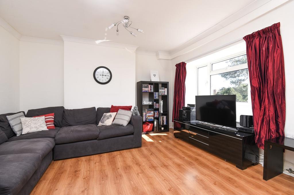 2 Bedrooms Flat for sale in Beckenham Lane Bromley BR2