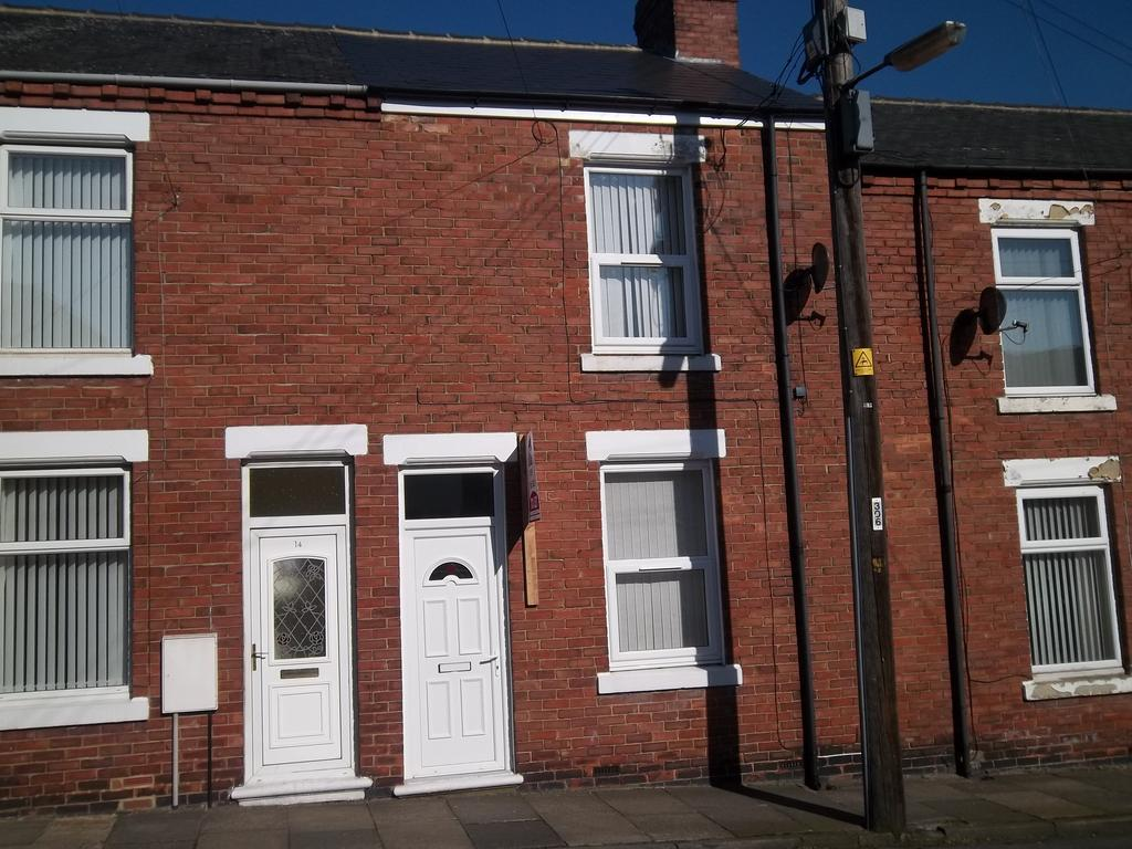 2 Bedrooms Terraced House for rent in West Street, Blackhall TS27