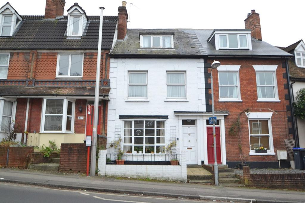 4 Bedrooms Terraced House for sale in Salisbury City Centre