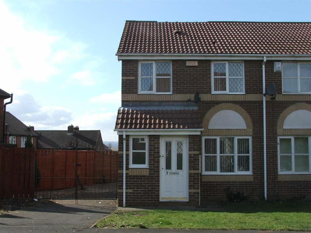 3 Bedrooms Semi Detached House for rent in Kirkstone Close, Houghton Le Spring