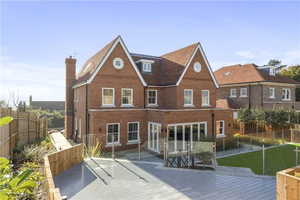 7 Bedrooms Residential Development Commercial for sale in Fort Road, Guildford, Surrey, GU1