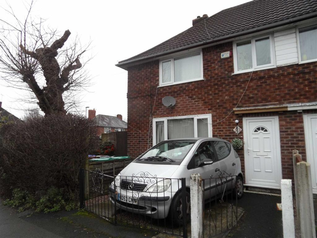3 Bedrooms Semi Detached House for sale in Honford Road, Benchill
