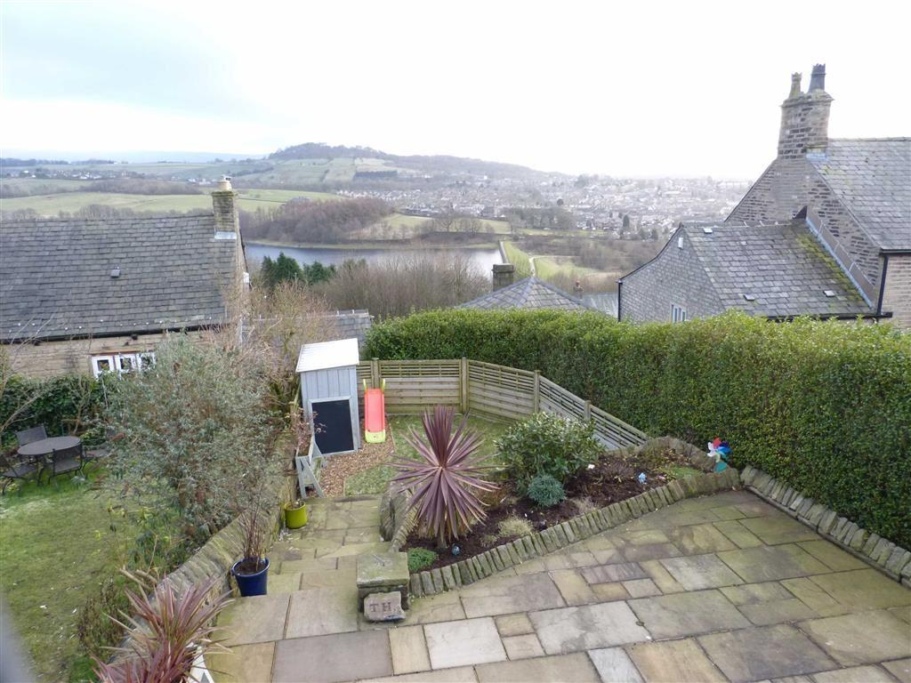 3 Bedrooms End Of Terrace House for sale in Old Road, Tintwistle, Glossop