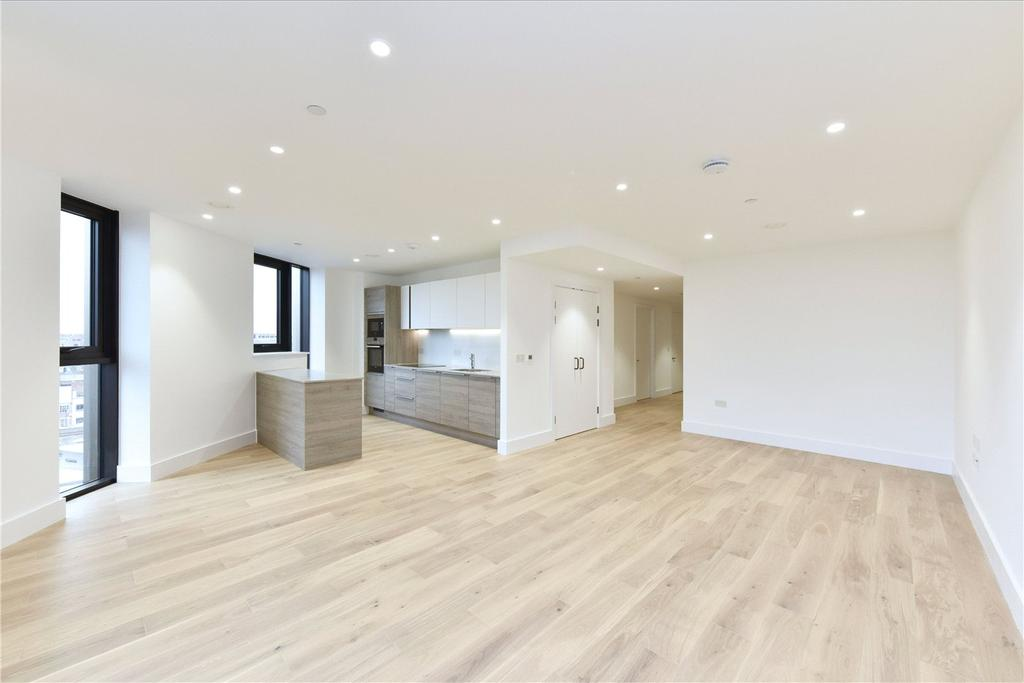 3 Bedrooms Flat for rent in Kingsland High Street, London, E8