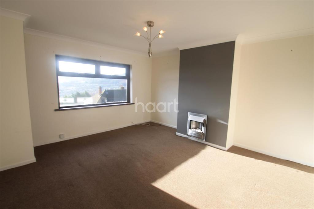 2 Bedrooms Flat for rent in Upland Drive