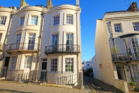2 bedroom flat for sale - Waterloo Street, Hove, East Sussex