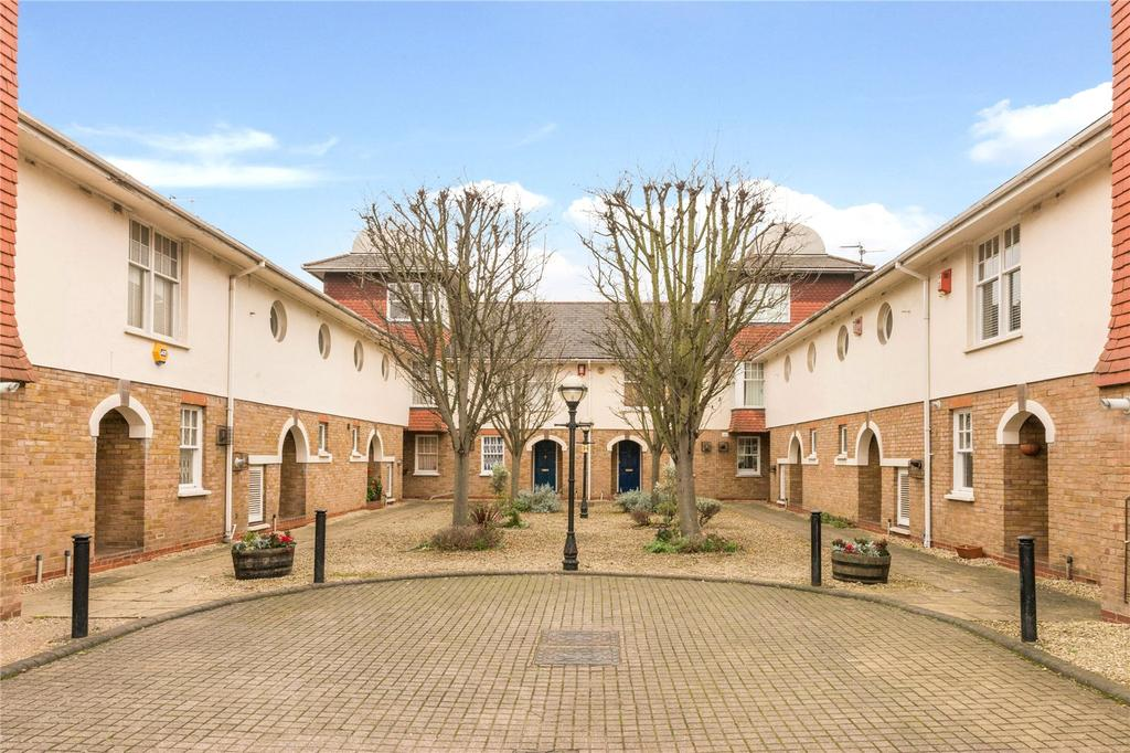 3 Bedrooms House for sale in Orchard Mews, Islington, London