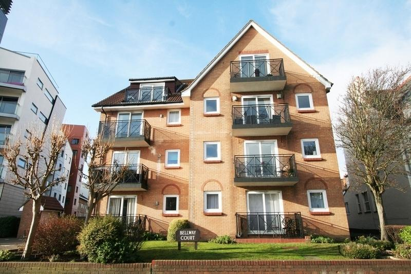 2 Bedrooms Flat for rent in Grosvenor Road , Southend-on-Sea, Westcliff-on-Sea