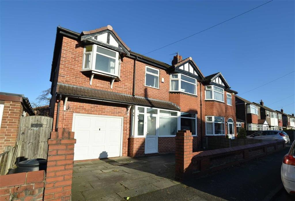 4 Bedrooms Semi Detached House for sale in Derwent Road, Flixton, Manchester