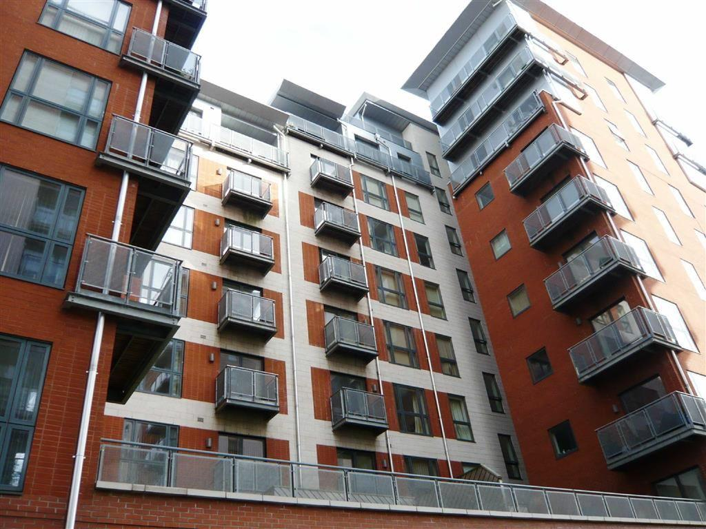 3 Bedrooms Flat for sale in Melia House, 2 Hornbeam Way, Manchester