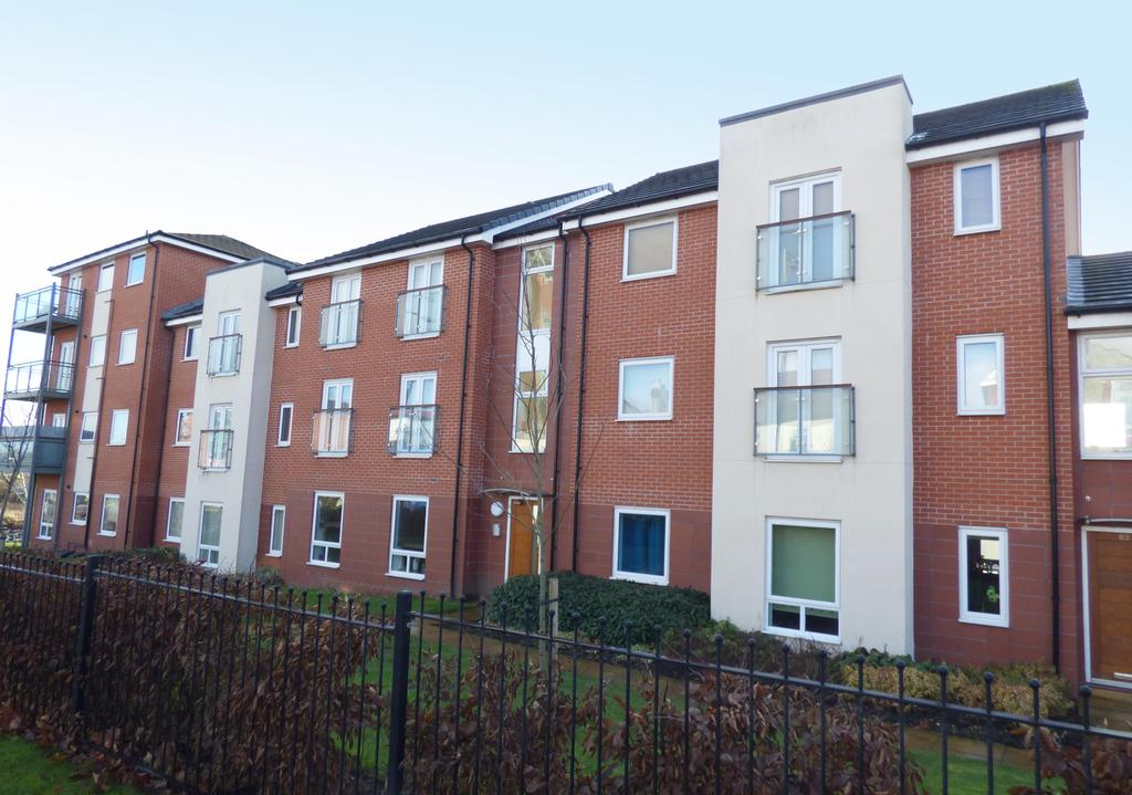 2 Bedrooms Apartment Flat for sale in 26 Dorney Place, Cannock, WS11 0GD