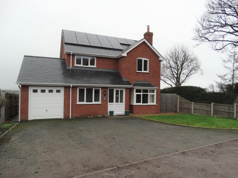4 Bedrooms Detached House for rent in Field View, Cross Lane, Bayston Hill , SY3 0DF