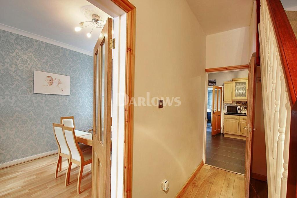 3 Bedrooms Terraced House for sale in Woodlands, Troedyrhiw