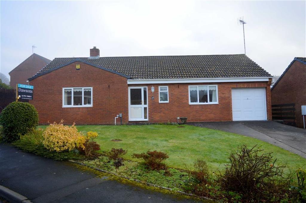 2 Bedrooms Detached Bungalow for sale in Rowan Close, Killay, Swansea
