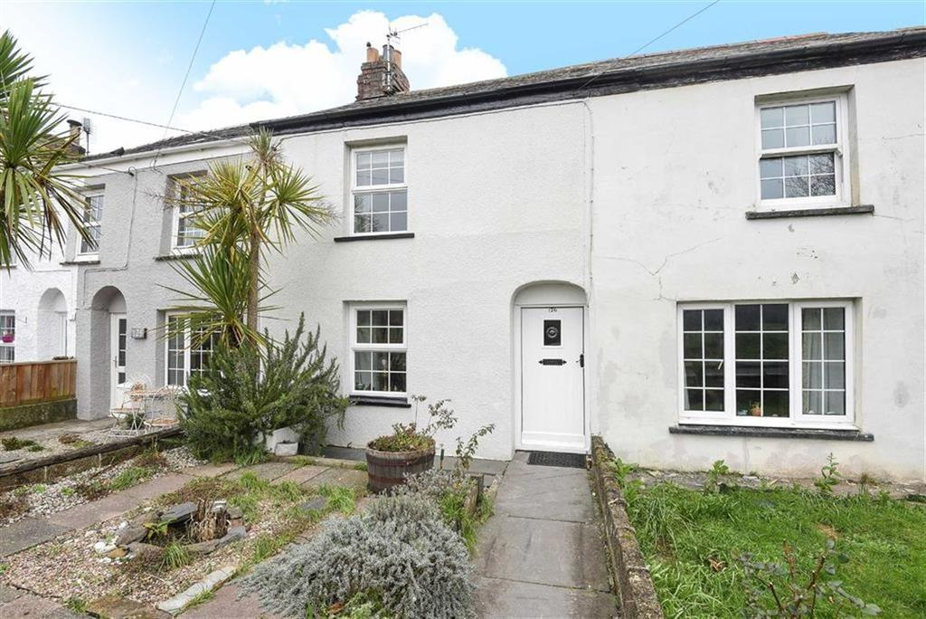 2 Bedrooms Semi Detached House for sale in Egloshayle Road, Wadebridge, Cornwall, PL27