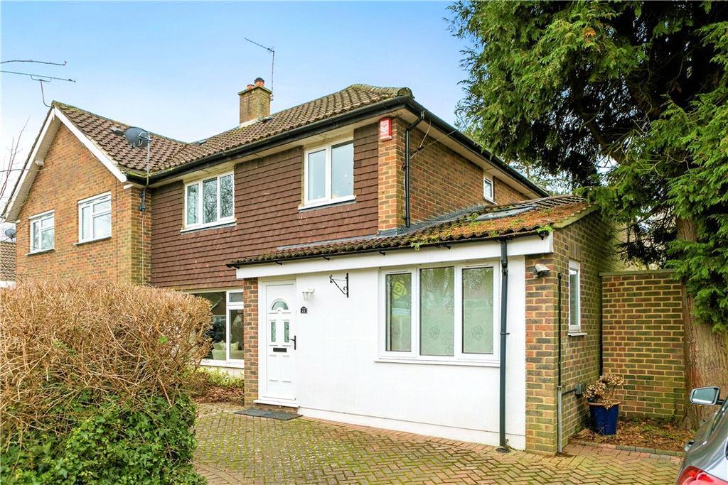 3 Bedrooms Semi Detached House for sale in Waverley Road, Oxshott, Leatherhead, Surrey, KT22