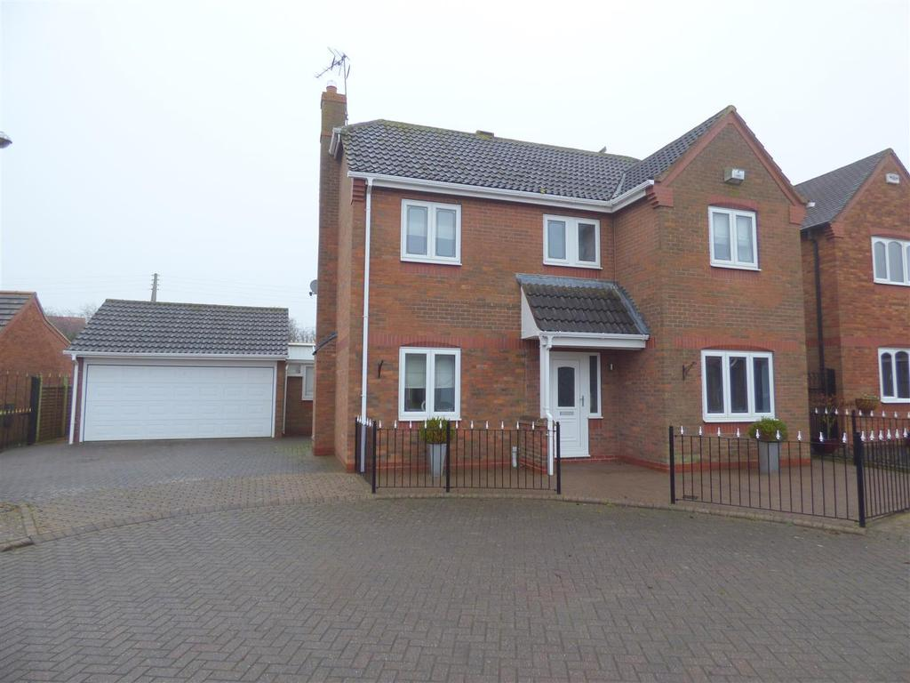 4 Bedrooms Detached House for sale in Shepherds Lea, Beverley, East Yorkshire, HU17 8UU