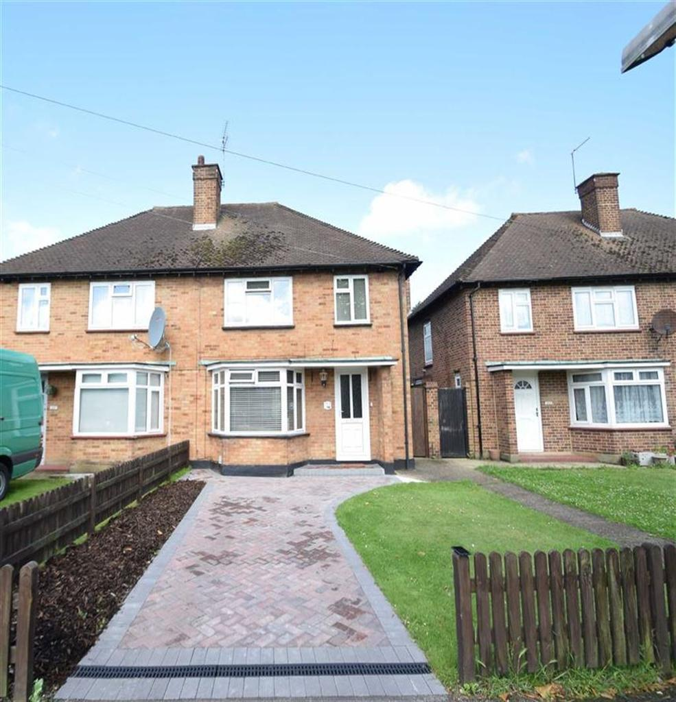 3 Bedrooms Semi Detached House for sale in Vicarage Rd, West Watford, Herts