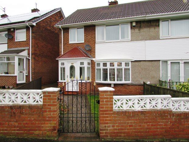 3 Bedrooms Semi Detached House for sale in NEWARK CRESCENT, SEAHAM, SEAHAM DISTRICT