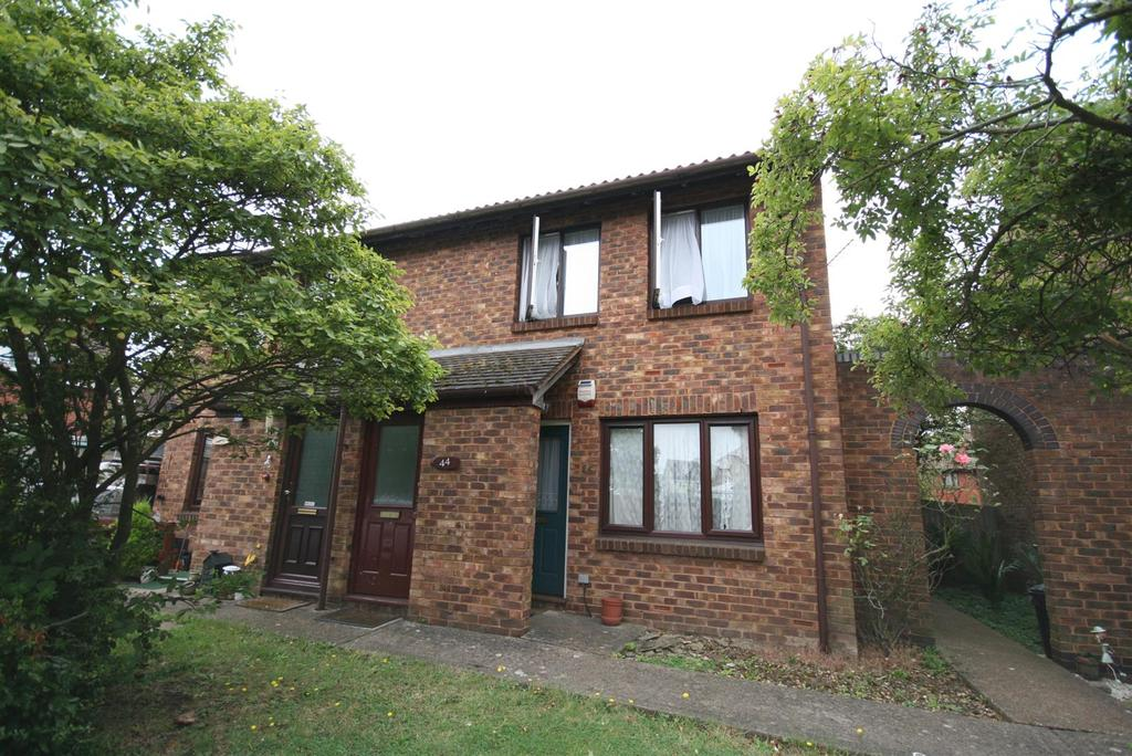 1 Bedroom Maisonette Flat for sale in Berrydale Road, Hayes