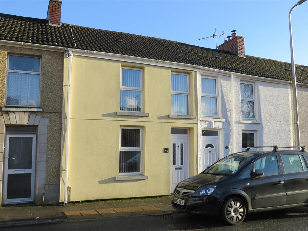 2 Bedrooms Terraced House for sale in Bridge Street, Llangennech, Llanelli