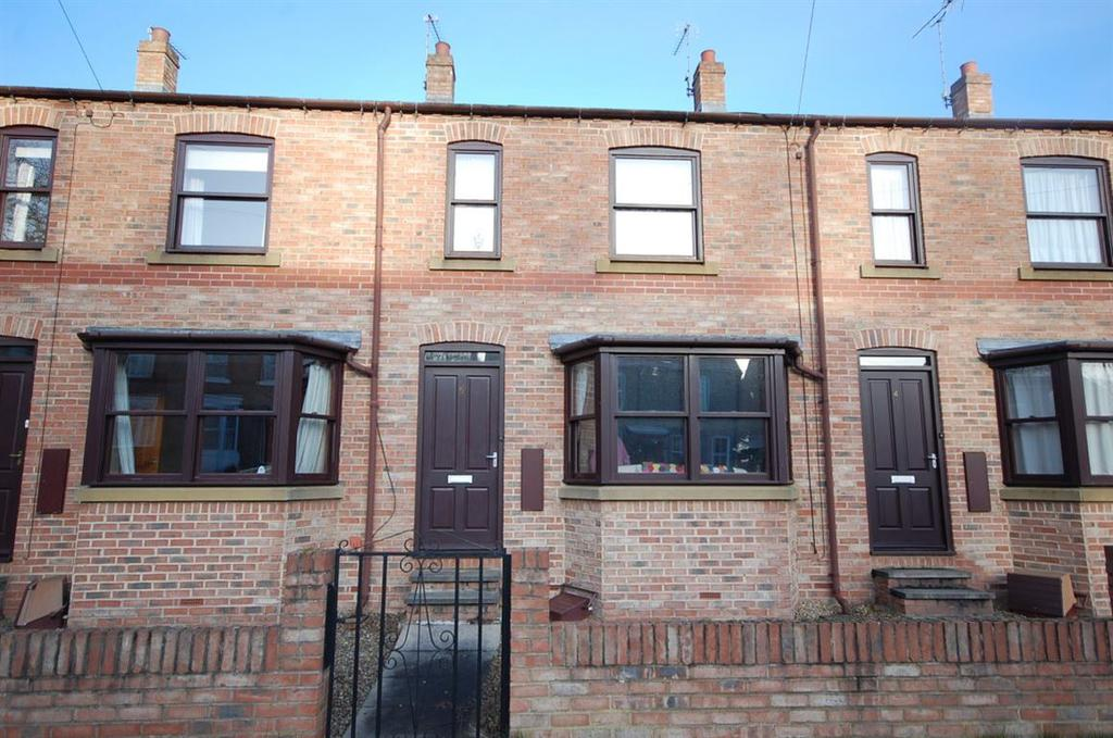 2 Bedrooms Terraced House for rent in 5, Princess Road, Ripon