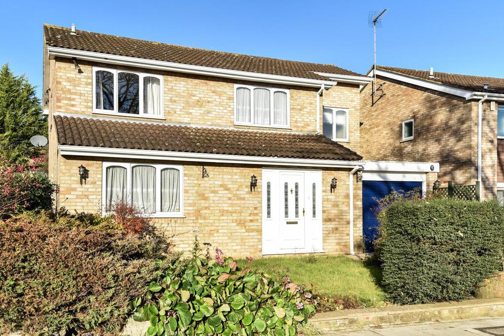 4 Bedrooms Semi Detached House for sale in Raleigh Drive, Whetstone