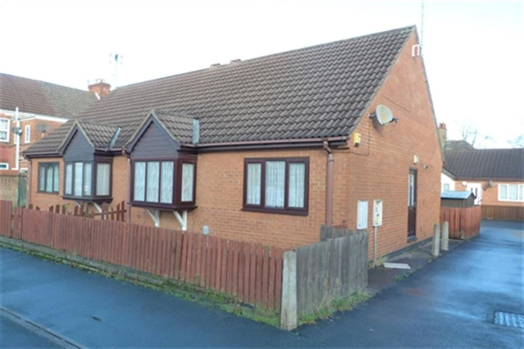 1 Bedroom Bungalow for rent in Durham Street, Hull,