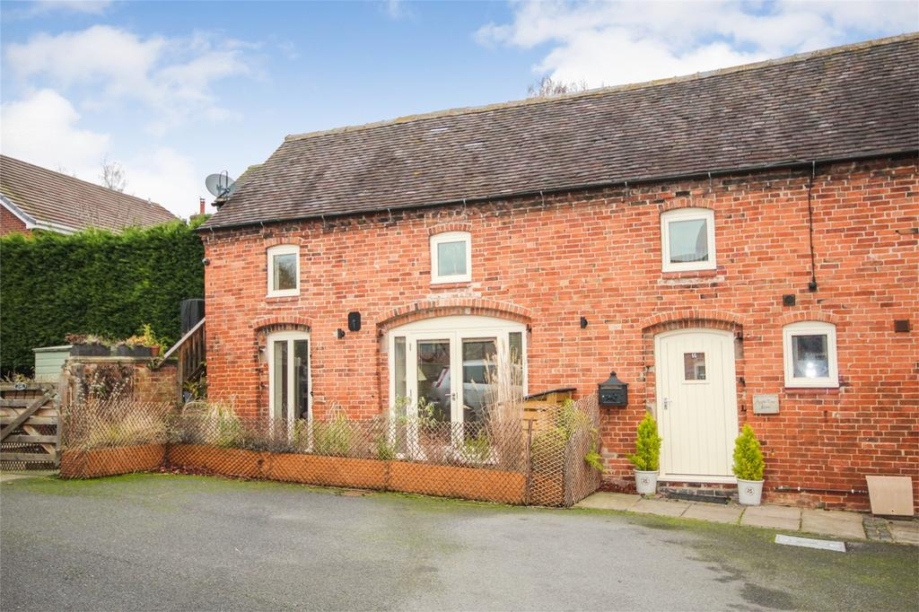 2 Bedrooms Mews House for sale in Apple Tree Barn, High Street, Marchington, Uttoxeter, Staffordshire