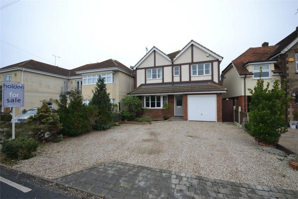 4 Bedrooms Detached House for sale in Basin Road, Heybridge Basin, Maldon, Essex