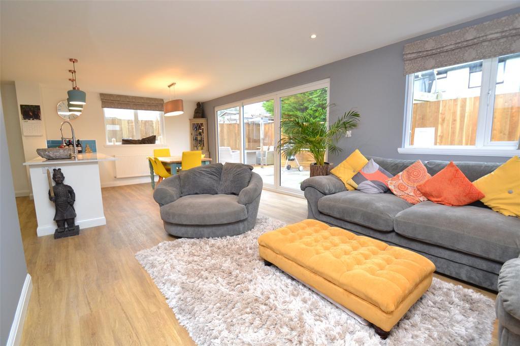 3 Bedrooms Detached Bungalow for sale in Denes Close, Landkey