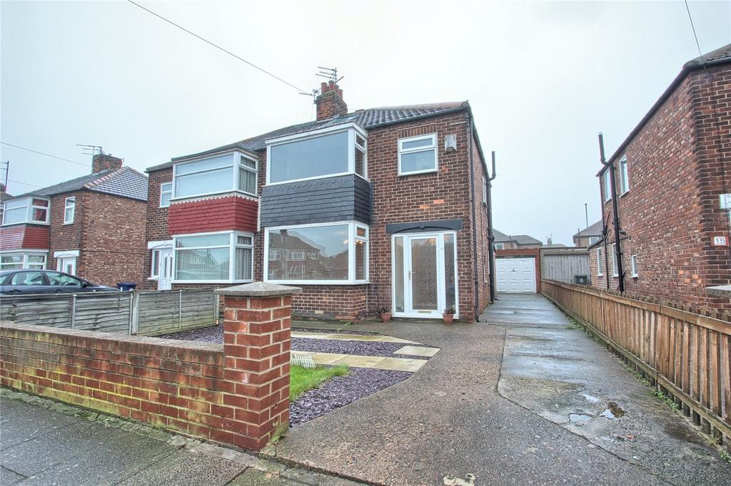 4 Bedrooms Semi Detached House for sale in Sandsend Road, Redcar