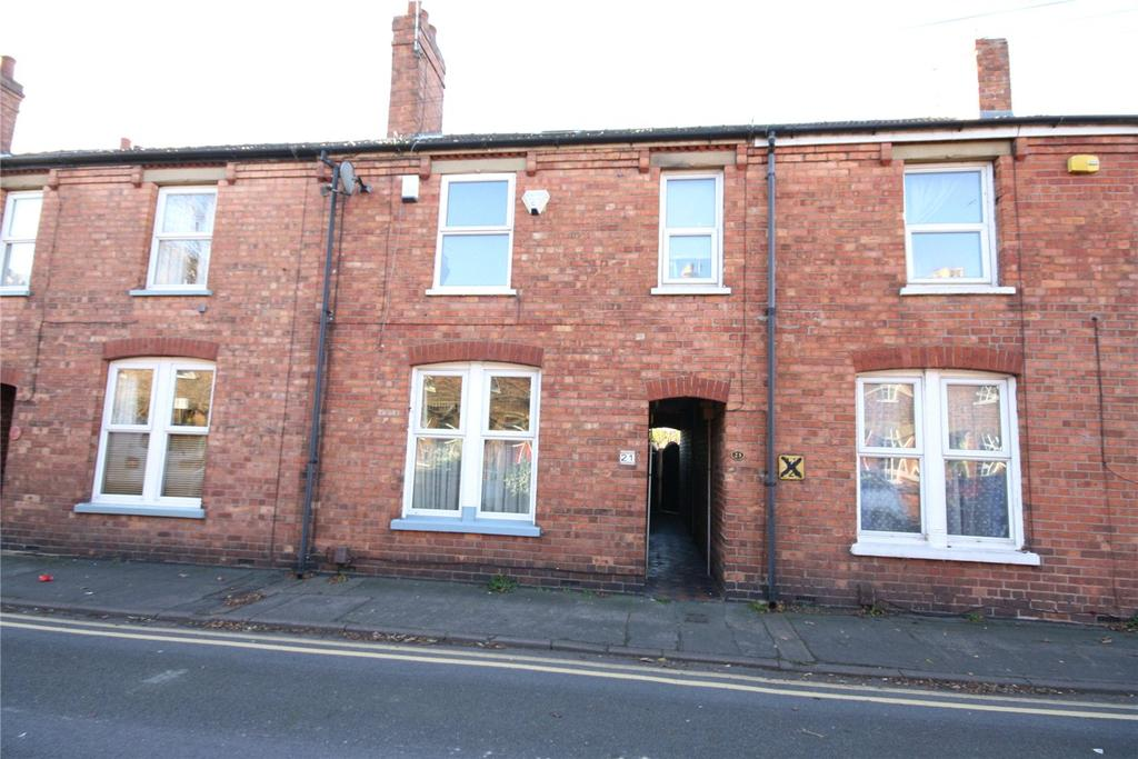 3 Bedrooms Terraced House for sale in Mill Road, Lincoln, Lincolnshire, LN1