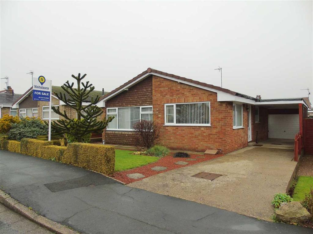 2 Bedrooms Bungalow for sale in NEW - Oak Close, Filey