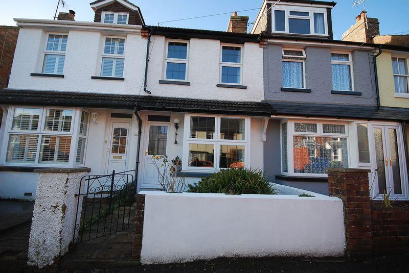 2 Bedrooms Terraced House for sale in Saltwood