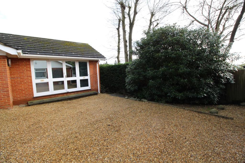 Studio Flat for rent in Canonsfield Road, Welwyn, AL6