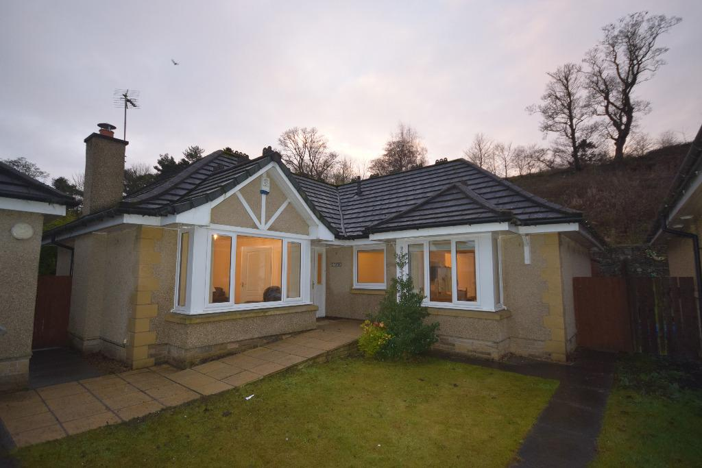 3 Bedrooms Detached Bungalow for rent in Sneddon Place , Airth , Stirlingshire, FK2 8GH