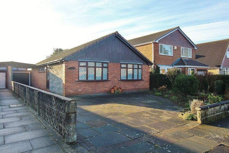 2 Bedrooms Detached Bungalow for sale in Pinfold Lane, Ainsdale