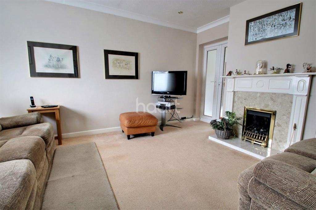 3 Bedrooms Detached House for sale in St Osyth
