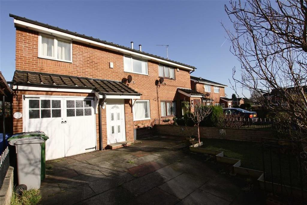 3 Bedrooms Semi Detached House for sale in Firtree Avenue, Sale
