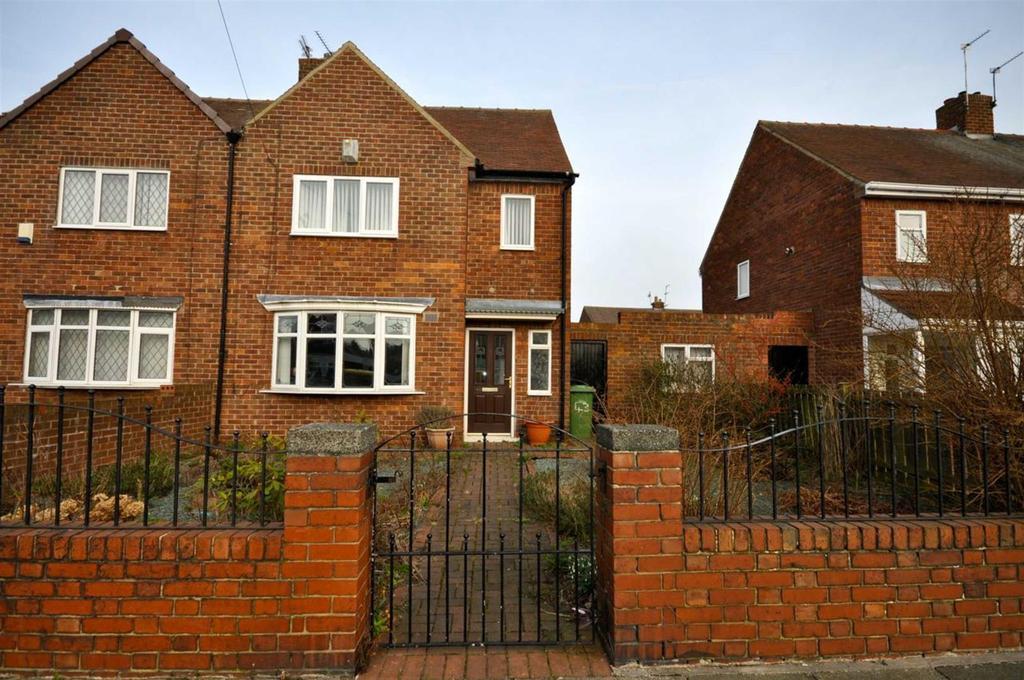 2 Bedrooms Semi Detached House for sale in Vicarage Road, Silksworth, Sunderland