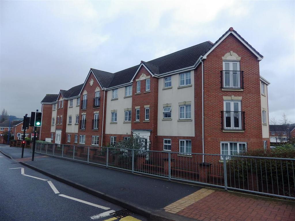 2 Bedrooms Apartment Flat for sale in Reddal Hill Road, Cradley Heath