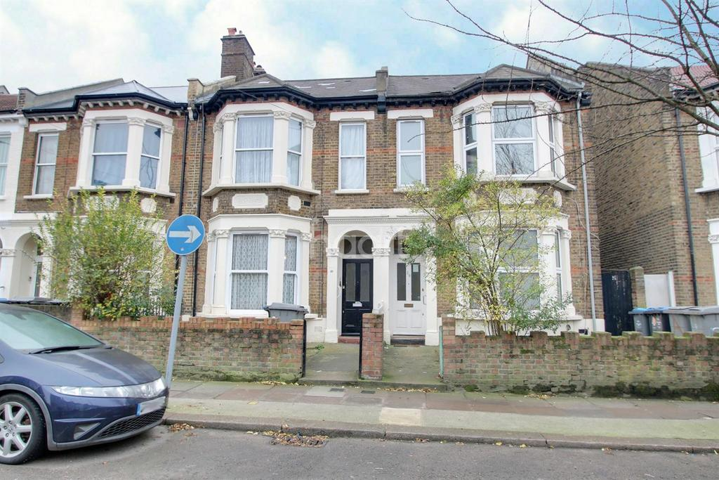 3 Bedrooms Flat for sale in Tubbs Road, NW10