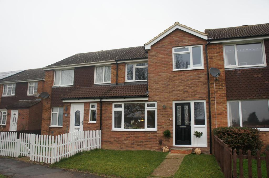 3 Bedrooms Terraced House for sale in Thorpe Way, Wootton