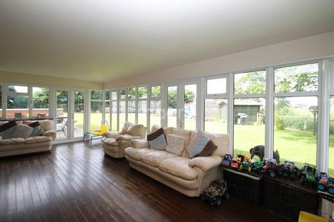 4 bedroom farm house for sale - Doddington