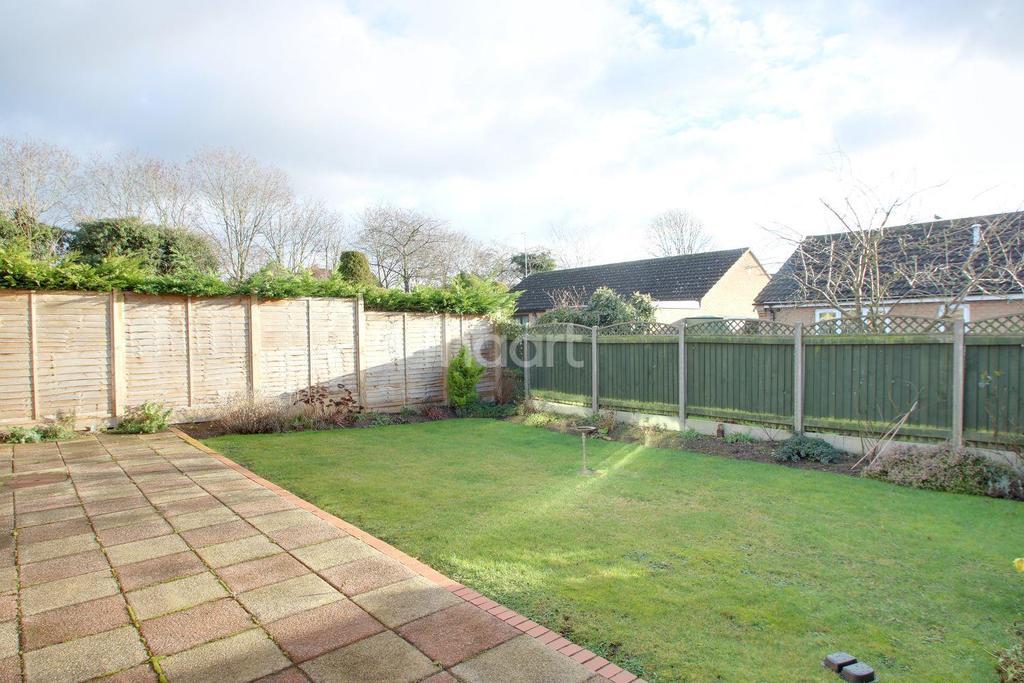 2 Bedrooms Bungalow for sale in Bancroft, Milton Keynes
