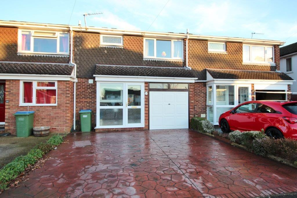 3 Bedrooms Terraced House for sale in Beverley Close, Park Gate SO31
