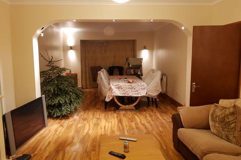3 bedroom semi-detached house to rent - Wricklemarsh Road, Londo SE3